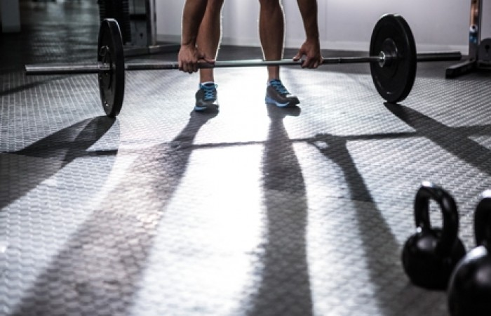 proper form on deadlift