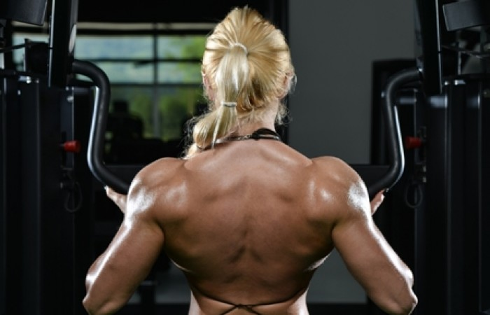 lat pulldown on hammer strength
