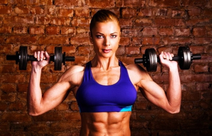 female bodybuilding training