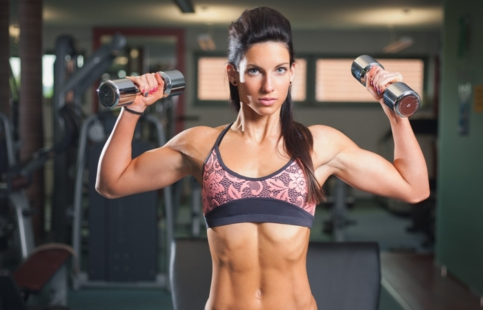 woman ding strength training exercise