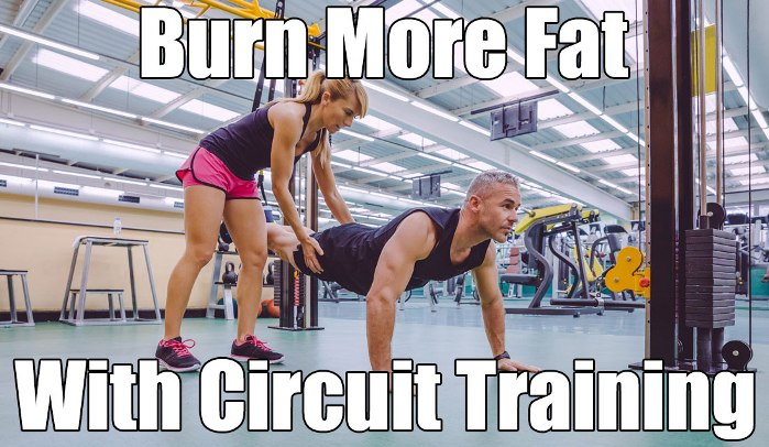 man and woman circuit training to burn fat